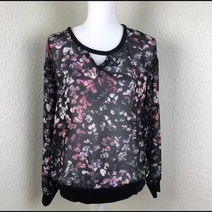 Vince Camuto Floral Key Hole Neck Blouse Top
